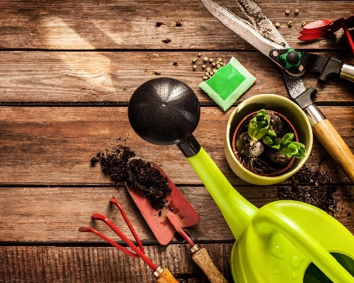 10 Must-have outdoor tools.