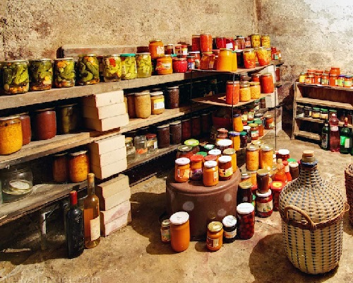 Food storage: Stockpile before disaster